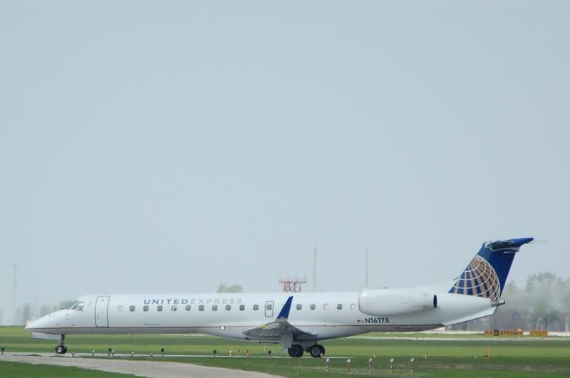 Winnipeg James Armstrong Richardson International Airport (YWG / CYWG) DSC_1015