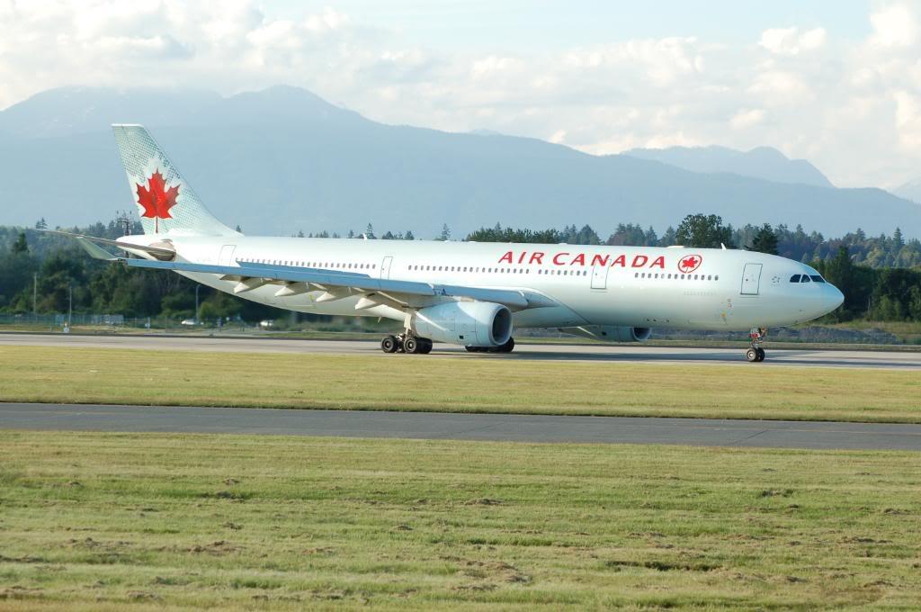 Vancouver International (YVR / CYVR) DSC_7703