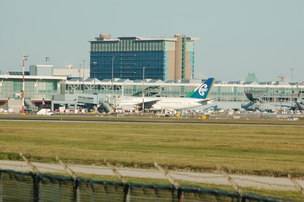 Vancouver International (YVR / CYVR) DSC_7867