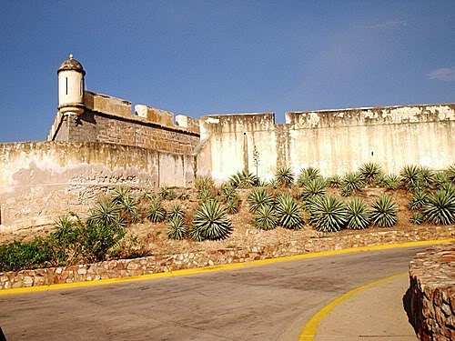 ..:Region Oriental:.. Castillo-antonio-eminencia-cumana