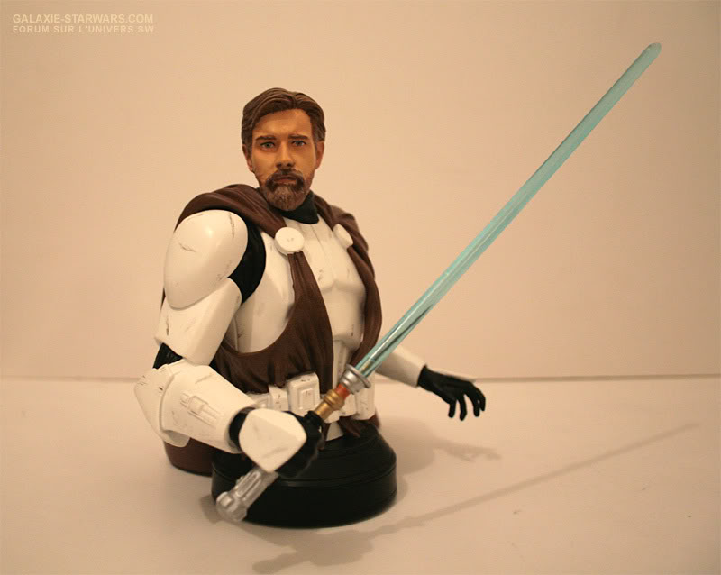 Obi-Wan Kenobi in Clone Trooper Armor Mini Bust - Page 4 1-30