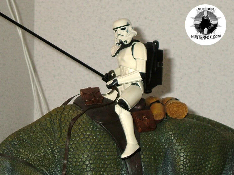 Sandtrooper and Dewback Diorama 2-19