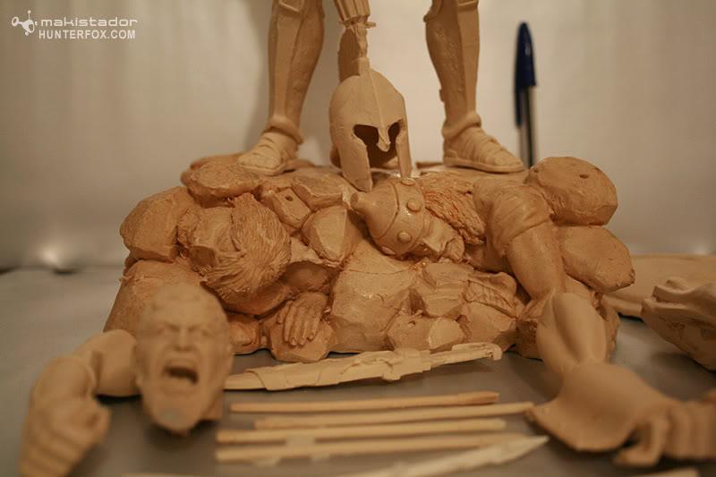 TERMINE - Statue kit resine Leonidas film 300 - SPARTIATES ! 2-36