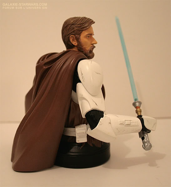 Obi-Wan Kenobi in Clone Trooper Armor Mini Bust - Page 4 3-27