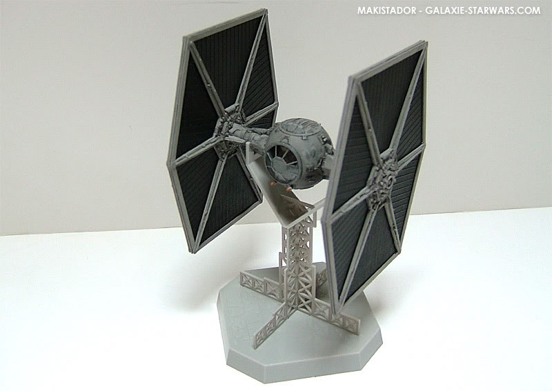 FINEMOLDS maquette Tie-fighter 1/72 eme 3-5
