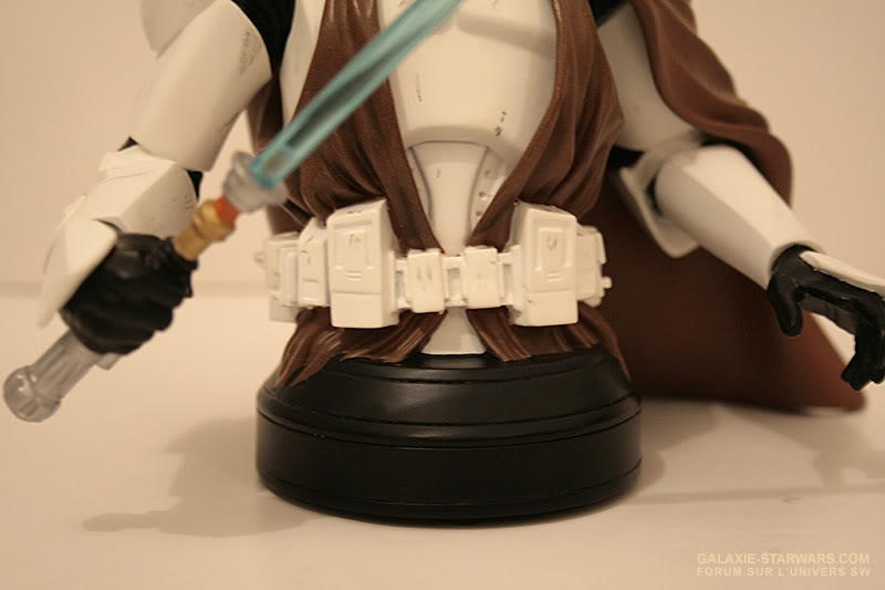 Obi-Wan Kenobi in Clone Trooper Armor Mini Bust - Page 4 6-25