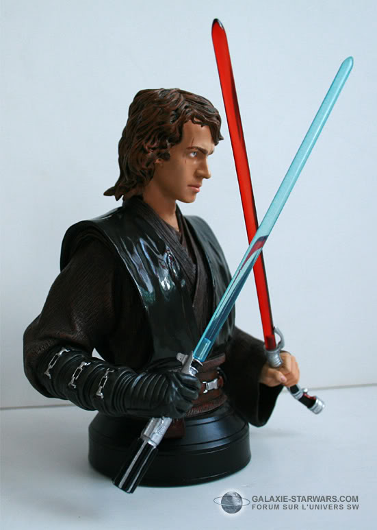 anakin episode 3 bust exclusif - Page 4 6-33