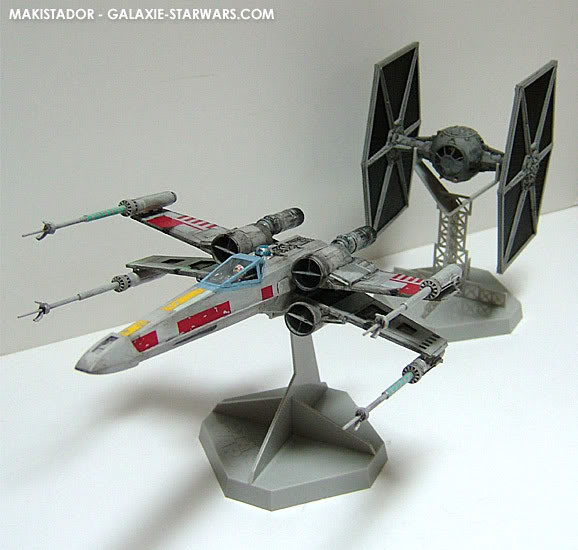 FINEMOLDS maquette Tie-fighter 1/72 eme 8-5