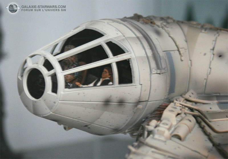Les figurines Han solo et Chewie pour faucon MR MR5-1