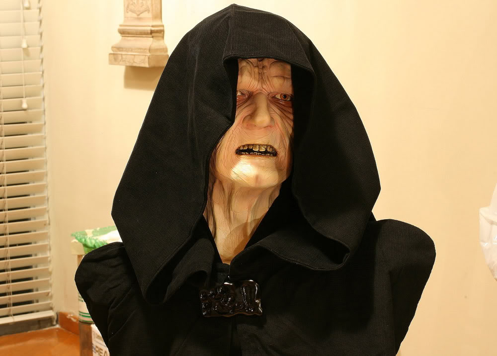 Buste Life Size Palpatine Emperor - Page 3 Emp3