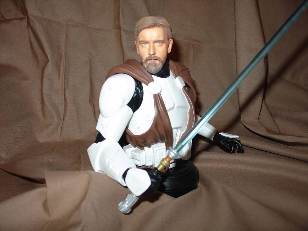 Obi-Wan Kenobi in Clone Trooper Armor Mini Bust - Page 3 Obi4