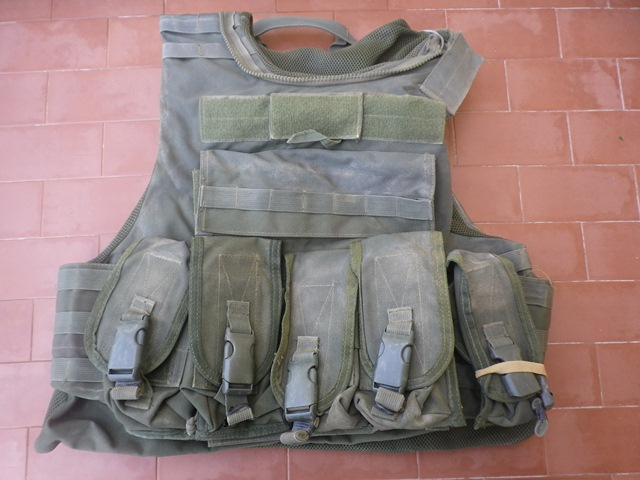 Aghan made body armour cover and modified uniform Fas003