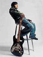 Bộ sưu tập guitar của Nic Fender4