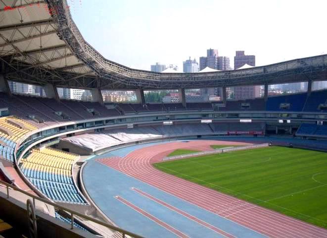 ESTADIOS PARA BEIJING 2008 - Página 6 Estadio_olimpico_shanghai003