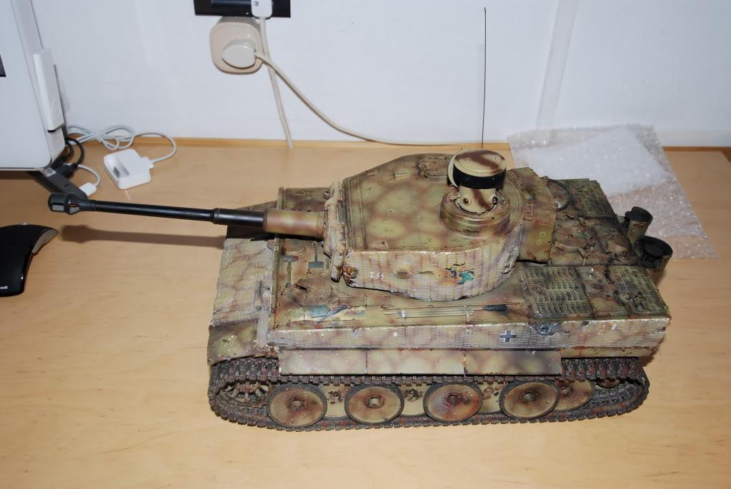 Vendo Tamiya Tiger1 con battle system pila radio  FCG_0019