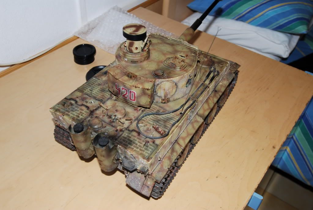 Vendo Tamiya Tiger1 con battle system pila radio  FCG_0021