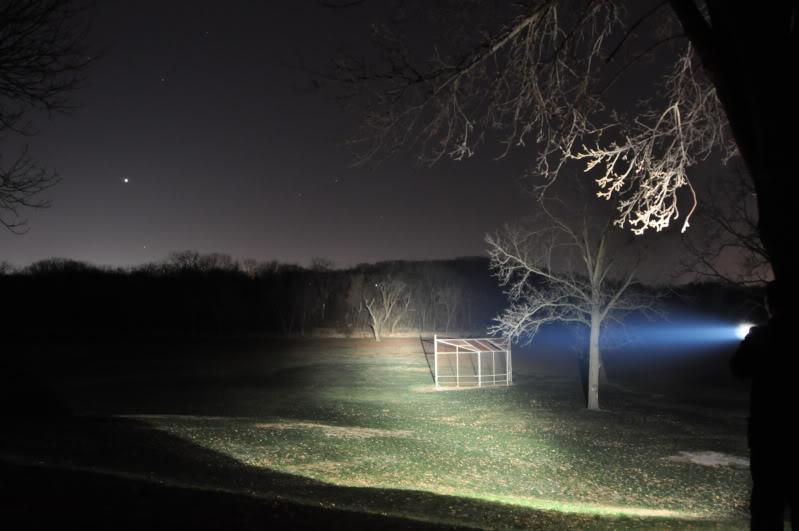 1999: le /07 à 23h00 - Lumière très blanche derrière la porte  - Eclose - Isère (dép.38) - Page 2 DSC_3511