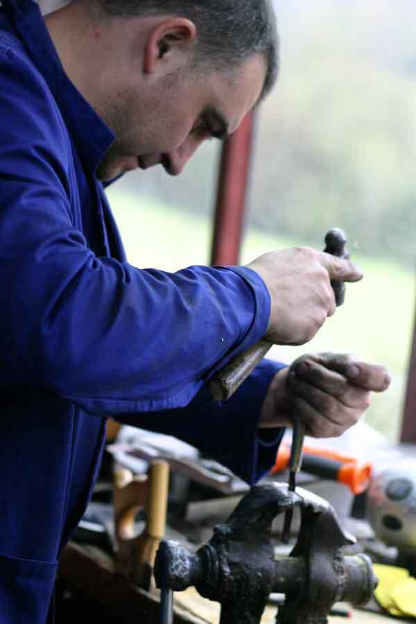 Spanish folding knife workshop visit photos Galiciaknives-6