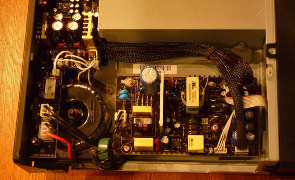 Reanimar NAD T763 (Hardware Reset,Last Firmware&Menu via PC) Philips_bdp9500_von_oben_2_zps728df027