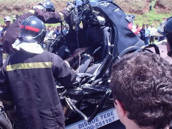how smart is the car now .....(VERY GRAPHIC WEAK STOMACH DO NOT LOOK)......... SmaRT CAR Image00666