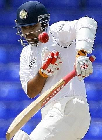 Gloves Wanted SEHWAG-1