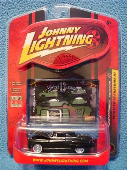 Todos mis Johnny Lightning DSC05810Custom