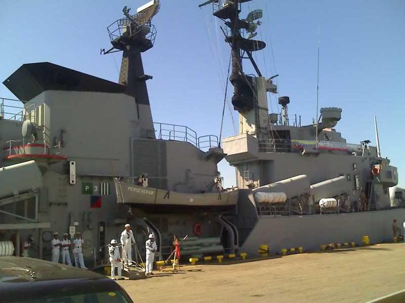 Relaciones Militares Venezuela Holanda y sus Antillas 15-06-09_1456