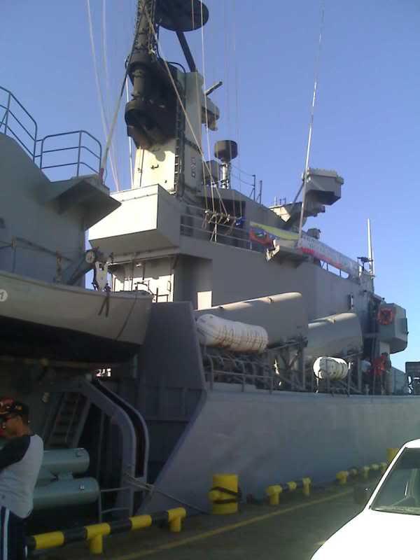 Relaciones Militares Venezuela Holanda y sus Antillas 15-06-09_1644
