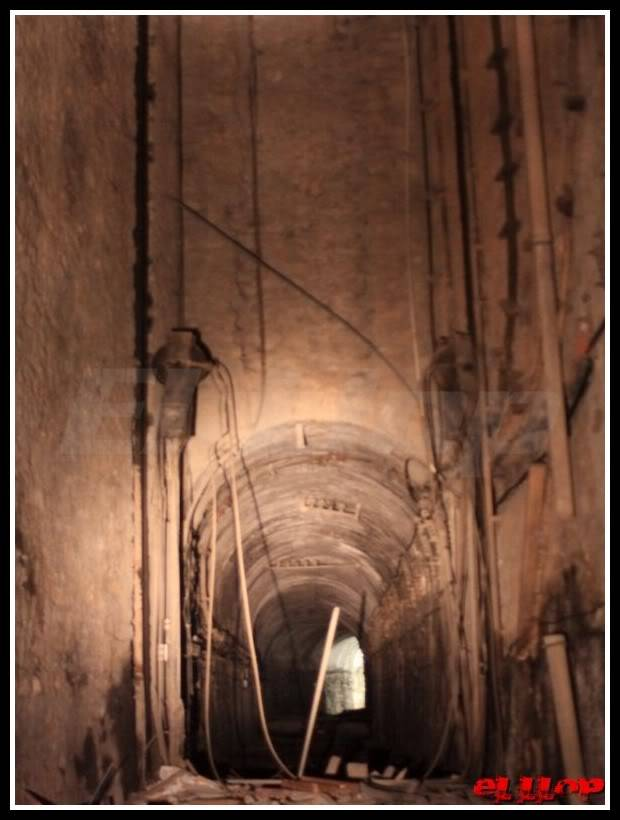 fotos antic elevador vagons Lesseps IMG_1f