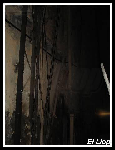 fotos antic elevador vagons Lesseps A10drestescablejat02-12-2006