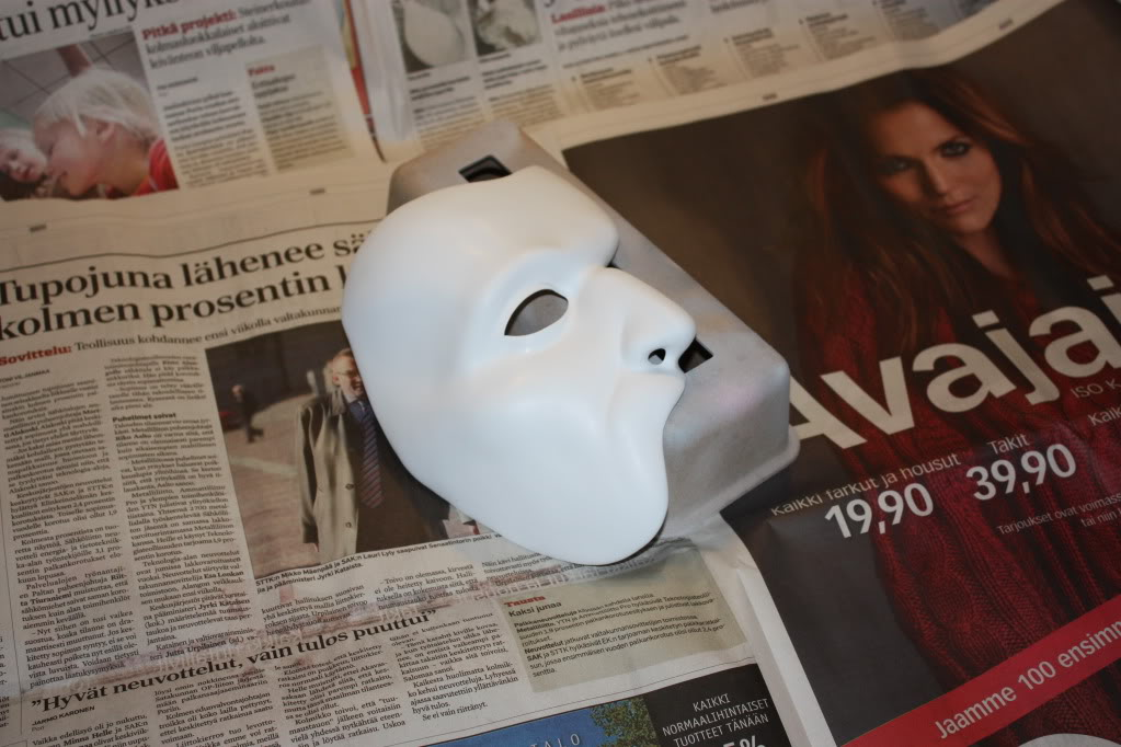 The Phantom's Mask 1Blankmask