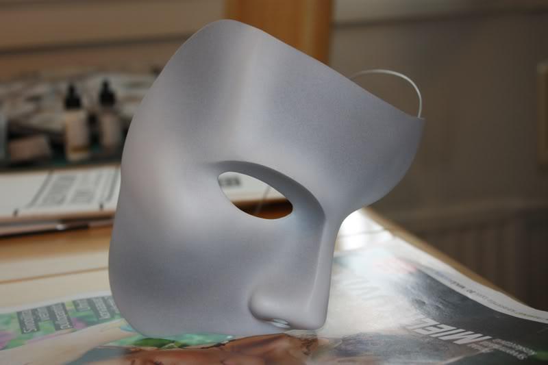 The Phantom's Mask MvPhantom2