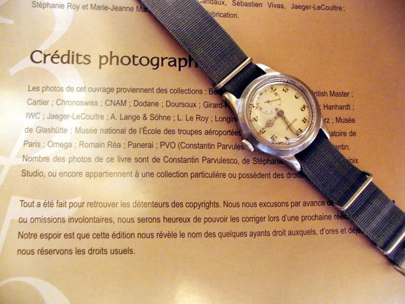 Nouveau livre sur les montres militaires JLCmkX