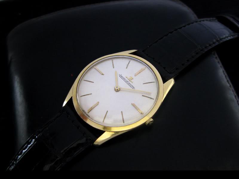 Les montres plates ... UT1925YG1