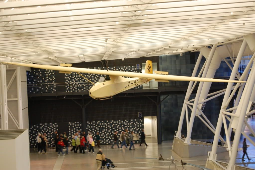 Udvar-Hazy Center, National Air and Space Museum 391