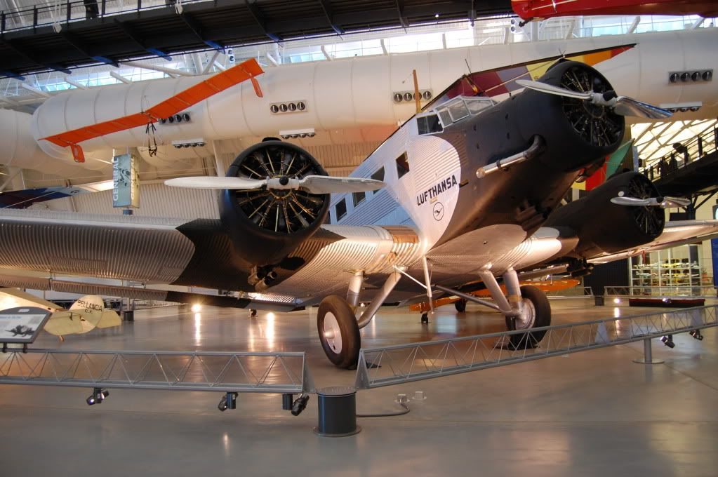 Udvar-Hazy Center, National Air and Space Museum 661