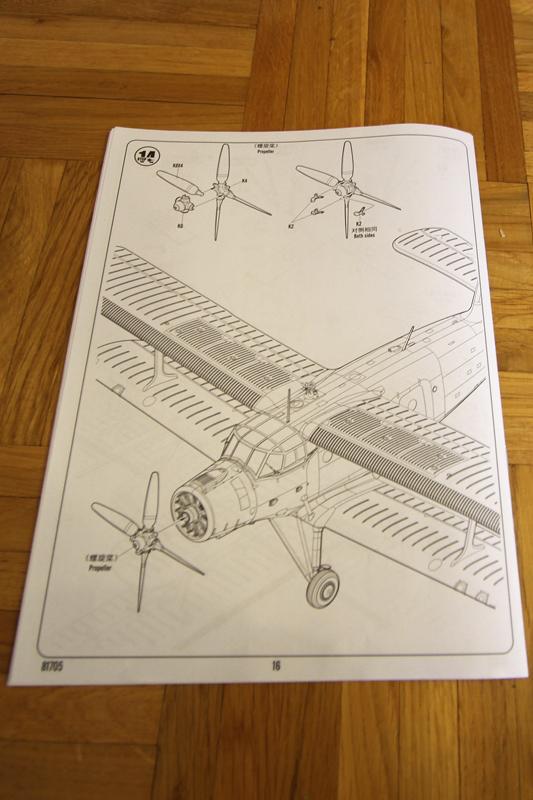 Antonov AN-2 Colt - Hobbyboss 1024-09