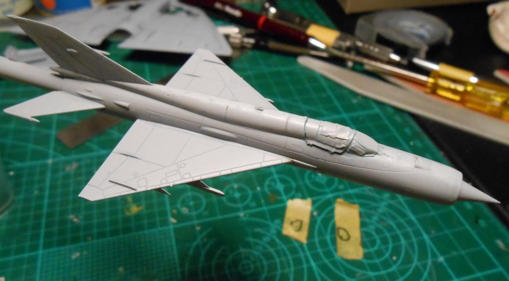 1/144 Eduard Mikoyan-Gurevich MiG-21bis Fishbed-L  DSCN1454_zps2db39264