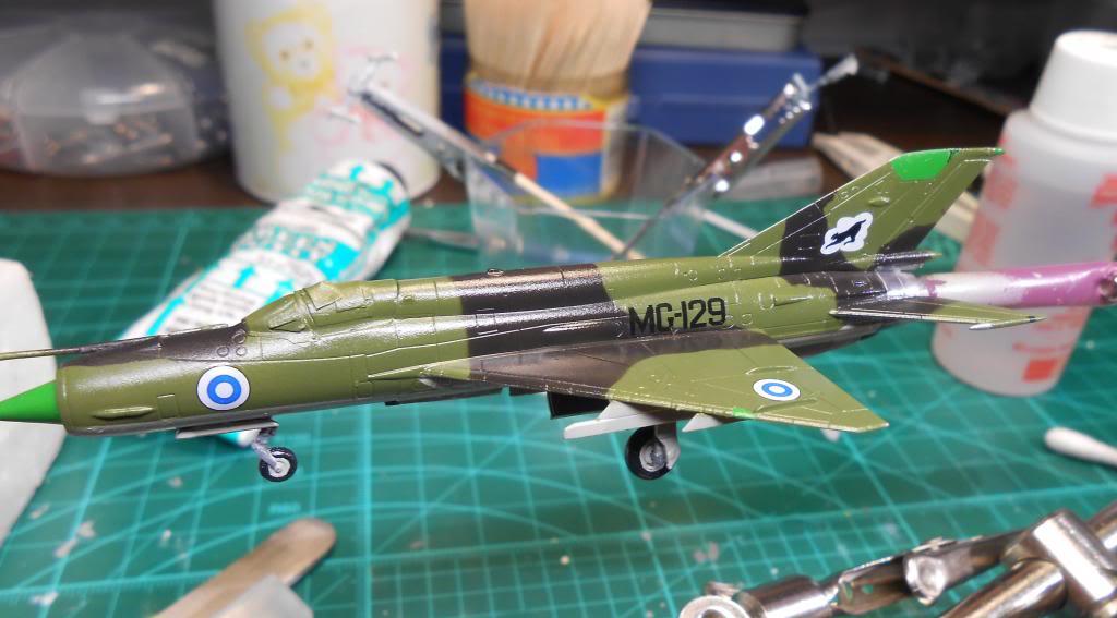 1/144 Eduard Mikoyan-Gurevich MiG-21bis Fishbed-L  DSCN1494_zps28eb09f5