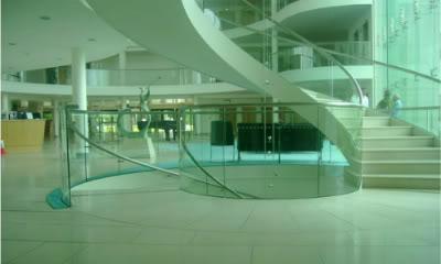 Le Hall de la clinique Hospital_by_x_liesfortheliars_x