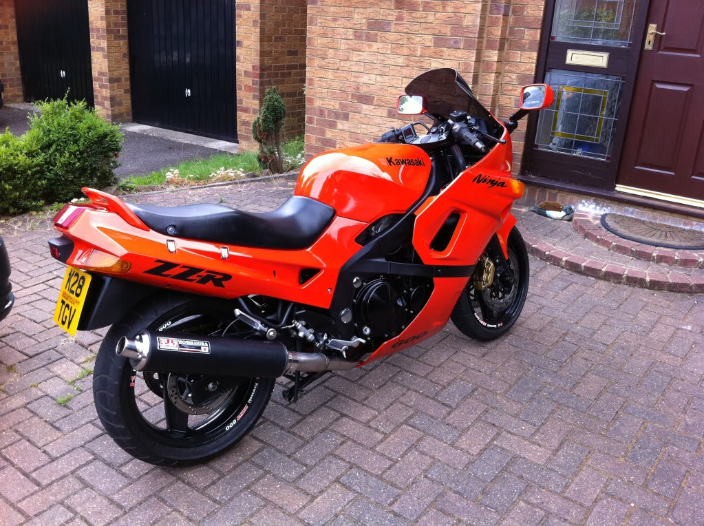 New Members .......... 2005 Suzuki M800 IMG_0459