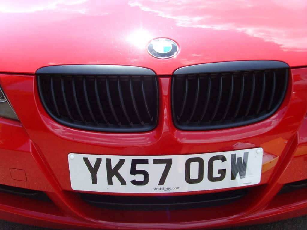 Matt Black M3 front grille fitted SSL20304