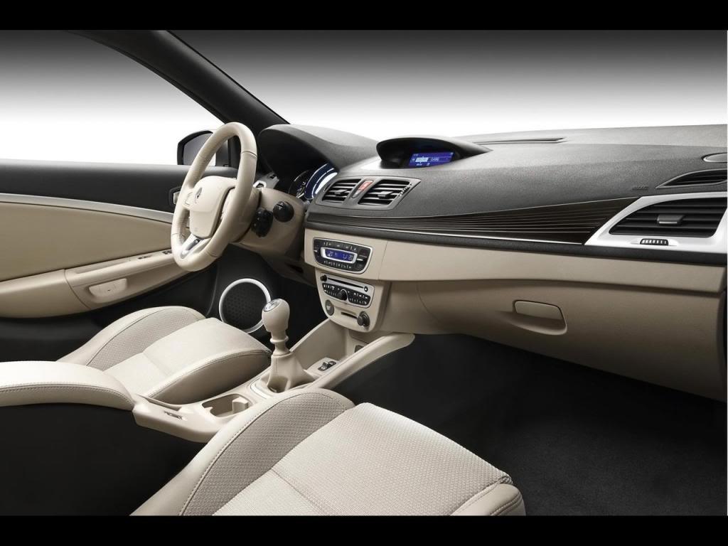 2010 Renault Megane Coupe-Cabriolet MeganeCC-8