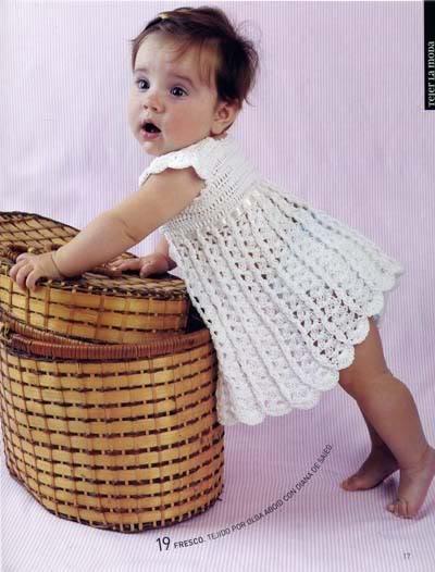 ملابس اطفال كروشيه حلوه ، صور ازياء و ملابس للاطفال كروشية بالباترون جديدة  47291717