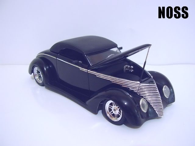 37 Ford Smoothster (Black) P6230005