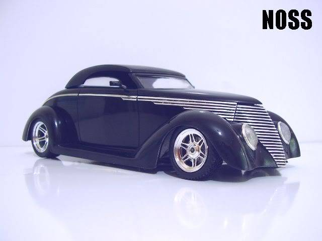 37 Ford Smoothster (Black) P6230009