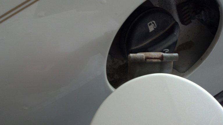 Write-Up: Fuel Door Hinge Pin Repair Photobucket-13393-1338591706091