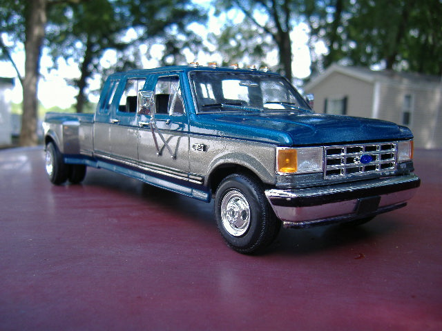 1990 Ford F350 Extended Crew Cab DSCF0639