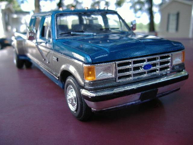 1990 Ford F350 Extended Crew Cab DSCF0651