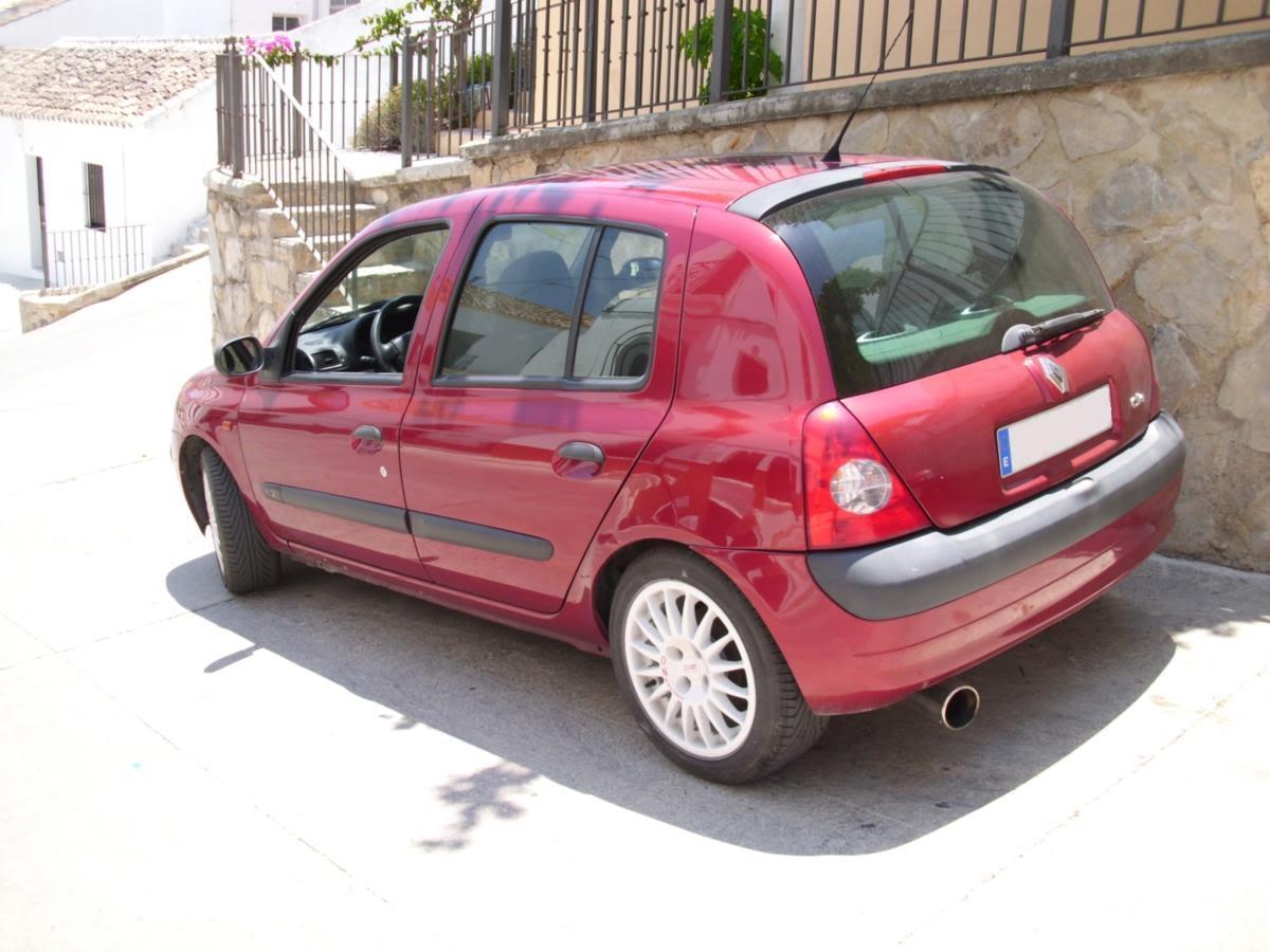 Mi Renault Clio II IMG_0002_1
